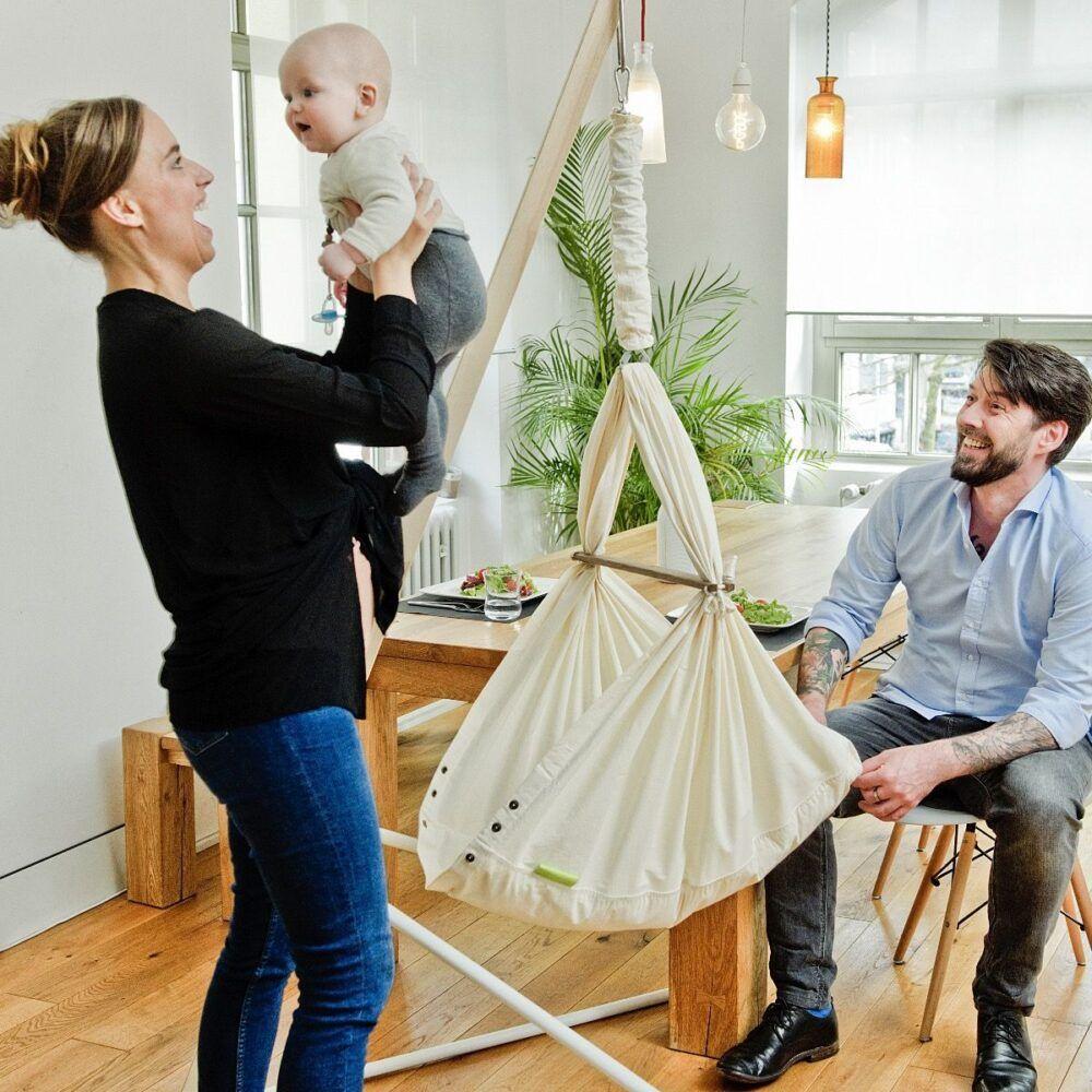 nonomo_hængevugge_stativ_hug_skandinavisk_design_elegant_enkel_slyngevugge_vugge_baby_søvn_kolik